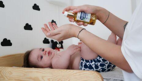 Jak se starat o citlivou pokožku vašeho miminka?